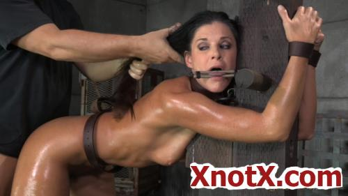 Stunning MILF India Summer belted down to a post and bred! / India Summer, Matt Williams, Jack Hammer / 14-07-2020 [HD/720p/MP4/828 MB] by XnotX